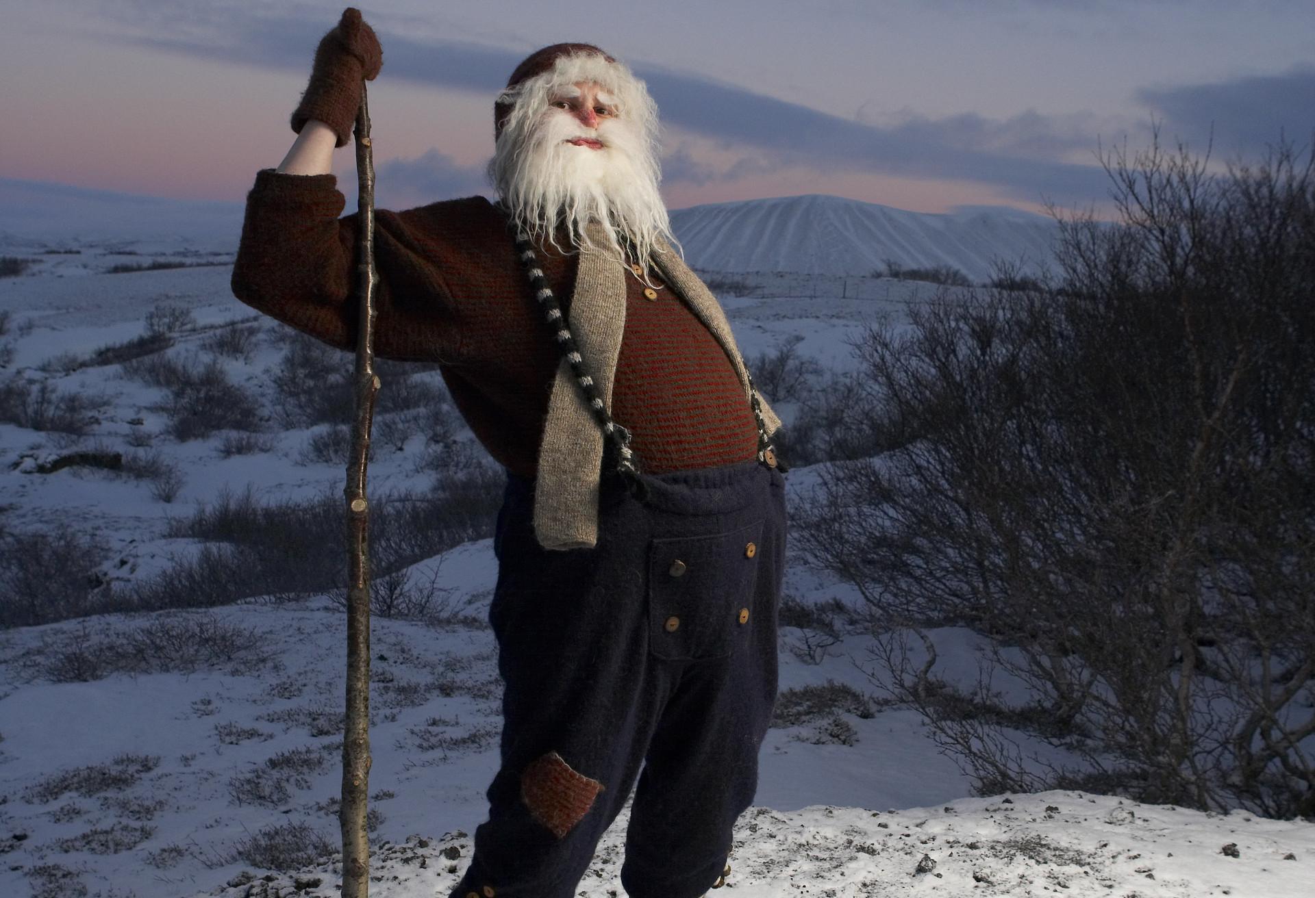 Los jóvenes Yule islandeses la lían en Navidades. Esta es una de las tradiciones navideñas más canallas que te presentamos.